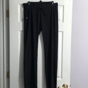 Under armor women's heat gear pants